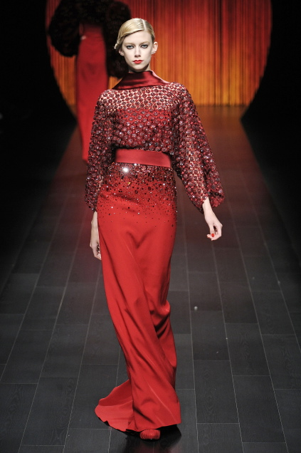 Lady in red - crimson red. That is classic. But always modern I think.